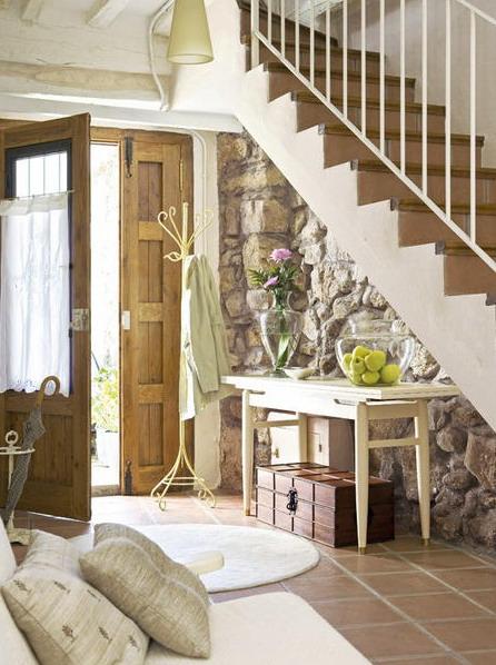 Casa r stica de piedra y madera exquisitamente decorada - Casas decoradas con piedra natural ...