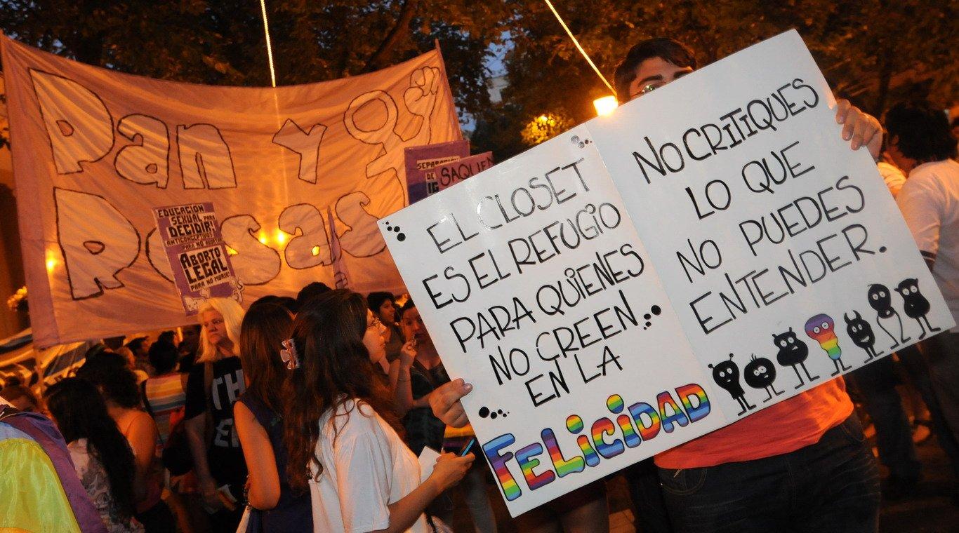 Fotos De Lo Que Fue La Marcha Del Ullo Gay En Mendoza Capital