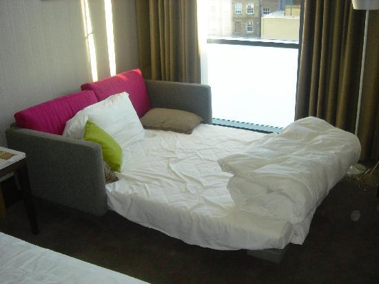 Te vas a vivir sola conoc el kit de la soltera mdz online for Sofa cama una plaza conforama