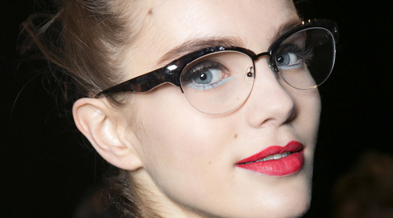 Maquillaje: 8 errores a evitar si usás lentes - MDZ Online