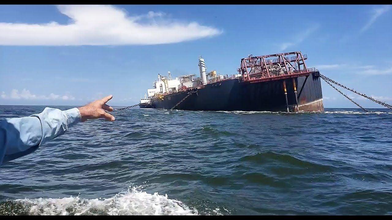 Alerta en el Caribe por posible hundimiento de buque petrolero - glbnews.com
