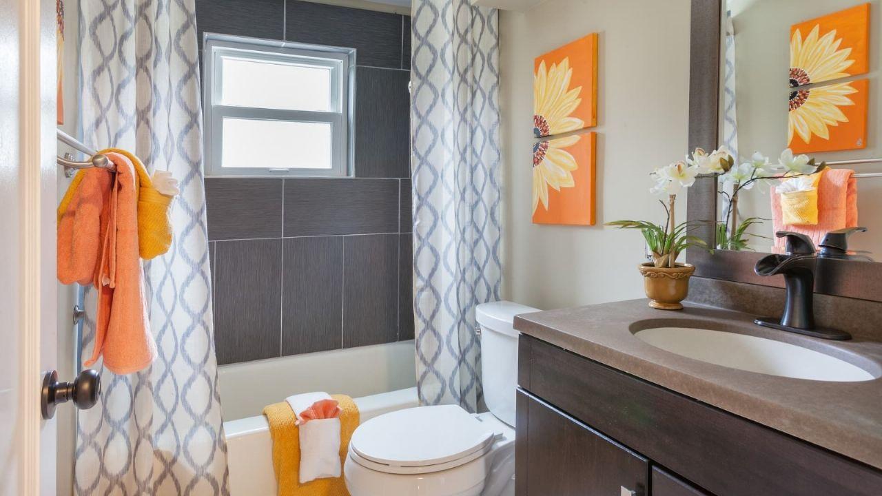 Consejos mágicos para limpiar las cortinas del baño y ...