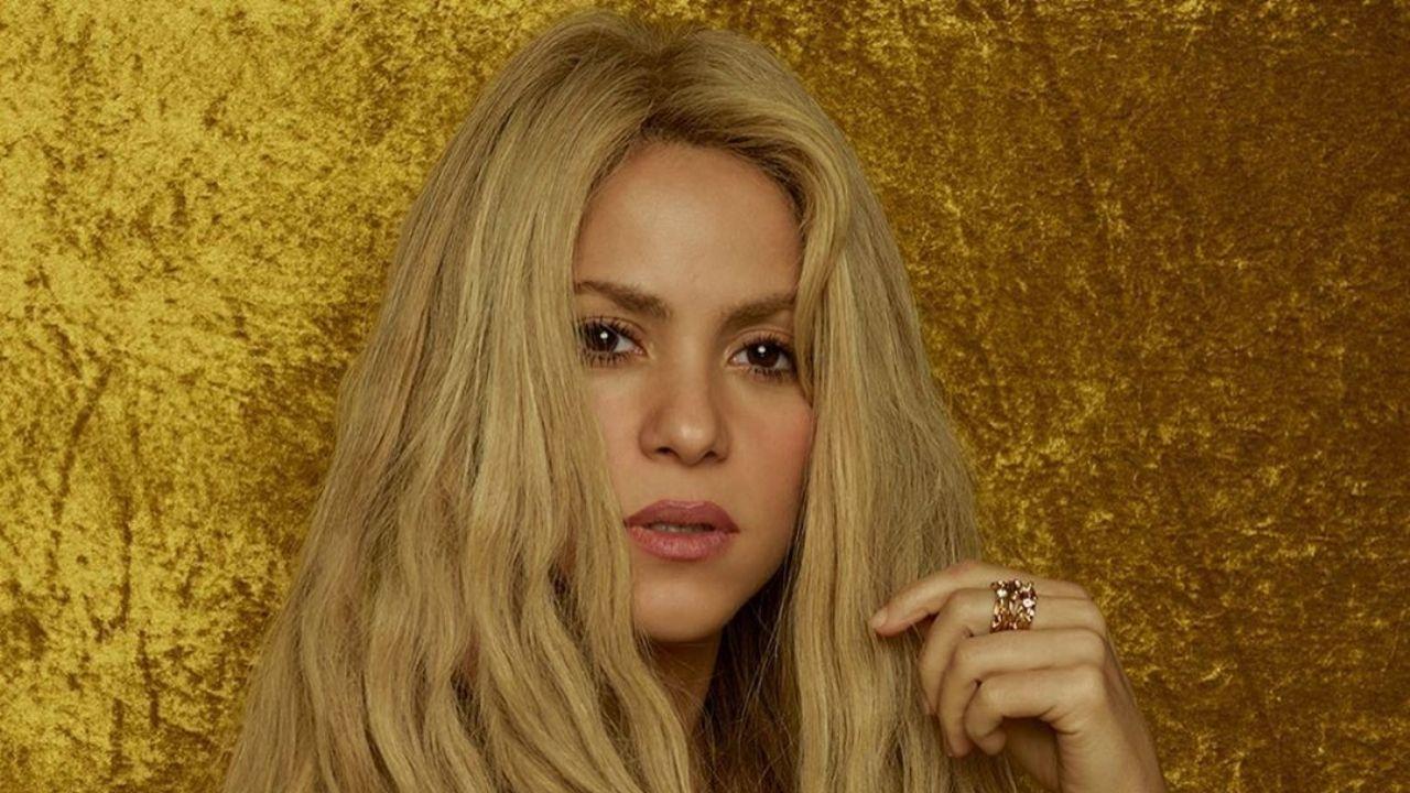 No le import nada: Shakira sali del encierro y se fue a la playa
